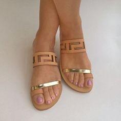 Shoespie Camel Cutout Flat Sandals