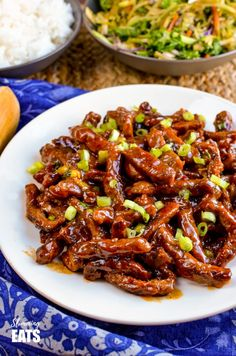 Low Syn Sweet Chilli Beef - yummy coated strips of beef in a delicious sweet chilli sauce for your perfect Chinese Fakeaway night. Gluten Free, Dairy Free, Slimming World and Weight Watchers friendly Low Syn Sweet Chilli Beef Slimming World Beef, Slimming World Fakeaway, Slimming World Dinners, Slimming World Recipes Syn Free, Slimming Eats, Chinese Fakeaway, Beef Recipes, Cooking Recipes, Drink Recipes