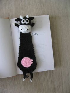 Funny bookmark cow gift for teacher gift for book lovers Crochet Bookmark Pattern, Crochet Bookmarks, Crochet Patterns Amigurumi, Crochet Cow, Crochet Books, Cow Gifts, Cute Bookmarks, Amigurumi Tutorial, Book Markers