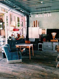 Cafe Design, House Design, Cafe Interior, Interior Design, Bar Deco, Cafe Restaurant, Vintage Decor, Decoration, Table