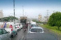 Chuva provoca filas nas principais ruas de Florianópolis nesta sexta-feira +http://brml.co/1zeJv68