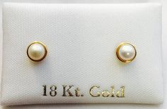 Pendientes o aretes oro 18k para niña chica y mujer Perla Pearl Necklace Designs, Gold Earrings Designs, Pearl Stud Earrings, Fashion Jewelry Necklaces, Gold Jewelry, Gold Earrings For Kids, White Gold Diamond Earrings, Gold Bangles Design, Antique Earrings