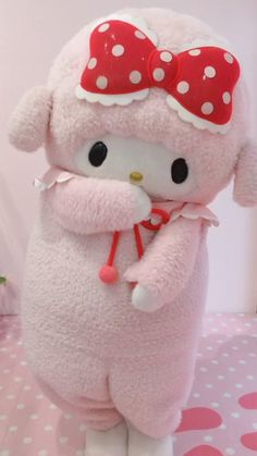 Pink Sheep, Cute Anime Profile Pictures, Sanrio Hello Kitty, Rilakkuma, Cat Paws, My Melody, Plushies, Animal Crossing, Pastels