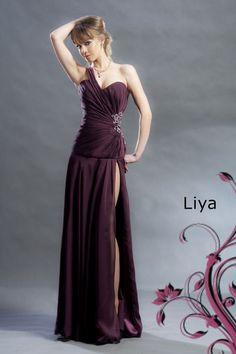 http://www.vitrinafashion.eu/webshop/cocktail-dresses/faith/detail/278/dress-liya.html