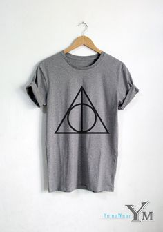 Growing up withHarry Potter was a pretty magical thing. The days were full of long-awaited Hogwarts letters, midnight book releases, and waiting for the next films to come out. Being aHarry Potter fan back then meant dressing up before you went to