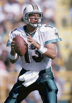 Dan Marino - 17 NFL, 420 tds, 252 ints, 61,361 yds, 86.4 rtg