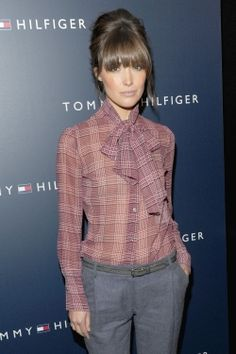 Rose Byrne, I wish I could have bangs like this! But I'm pretty sure I'd have to have a handful of stylists around..