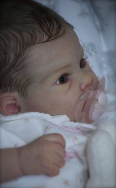Beautifully Hand-Crafted Reborn Dolls and Clothing at Cheza Baby Nursery Bb Reborn, Reborn Baby Girl, Reborn Dolls, Ooak Dolls, Real Looking Baby Dolls, Real Life Baby Dolls, Silicone Baby Dolls, Silicone Reborn Babies, Lifelike Dolls