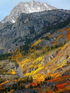 Fall at Lake Sabrina in the Sierra Nevada mountains west of Bishop CA