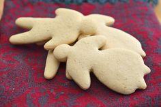 Snadder uten gluten: Deilige og myke kakemenn Sweets, Snacks, Cookies, Desserts, Food, Christmas, Sweet Pastries, Tapas Food, Biscuits