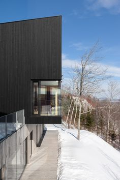 Two brothers share La Fraternelle retreat by Atelier Pierre Thibault. Located in Quebec, Canada Cabins In The Woods, House In The Woods, Best Architects, Weekend House, Timber Cladding, Wood Architecture, Lake Cottage, Outdoor Living Areas, House Design