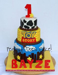 Toy Story cake - fondant over white chocolate ganache with all fondant detail. Baby Cakes, Kid Cakes, Cupcake Cake Designs, Cupcake Cakes, Cake Fondant, Bolos Toy Story, Festa Toy Store, Movie Cakes, Toy Story Birthday
