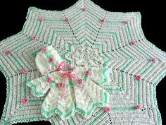 Rosebud Ripple Layette free crochet graph pattern