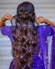 Hairstyles For Gowns, Open Hairstyles, Romantic Hairstyles, Bride Hairstyles, Pixie Hairstyles, Bridal Hairstyle Indian Wedding, Bridal Hair Buns, Indian Wedding Hairstyles, Front Hair Styles