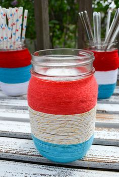 Check out this creative of July decoration ideas that are easy to make and easy on the wallet. These patriotic DIY projects are sure to impress your of July party guests. Modern-day home st… Patriotic Crafts, July Crafts, Patriotic Wreath, Patriotic Party, Summer Crafts, 4th Of July Decorations, Diy Party Decorations, 4th Of July Party, Fourth Of July