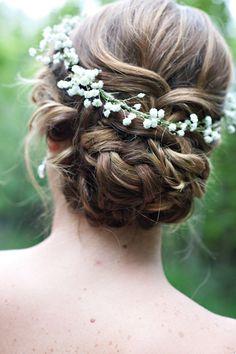 braided wedding updo with baby breath / http://www.deerpearlflowers.com/rustic-budget-friendly-gypsophila-babys-breath-wedding-ideas/2/