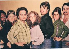 Garrett Morris, Jane Curtain, John Belushi, Lorraine Newman, Dan Akroyd, Gilda Radner, & Bill Murray
