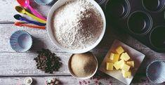 Rýchle kávové rezy recept - Receptik.sk Chia Puding, Hummus, Tiramisu, Ethnic Recipes, Food, Basket, Essen, Meals, Tiramisu Cake