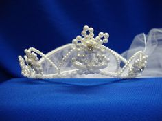 Flower Girl pearl tiara with veil by Hoalanebridal on Etsy #weddings #flowergirl #brides