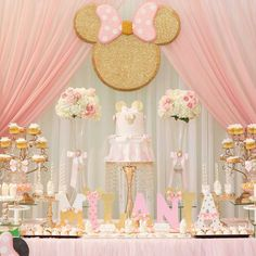Beautiful Minnie Mouse Baby Shower by Photo by via Minnie Mouse Birthday Decorations, Minnie Mouse Theme Party, Minnie Mouse First Birthday, Minnie Mouse Baby Shower, Baby Girl 1st Birthday, Mickey Birthday, Birthday Parties, Rosalie, Inspiration