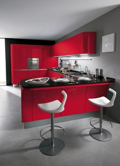 | Of the new, trendy colours available for Tess, red is definitely the one that most effectively underscores its character and personality | #Scavolini |