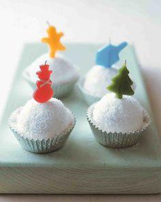 Winter Cupcake Recipes: Snowball Cupcakes