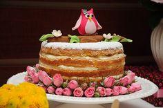 Naked cake coruja