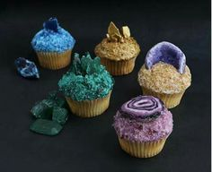 Crystal and gemstone inspired cupcakes