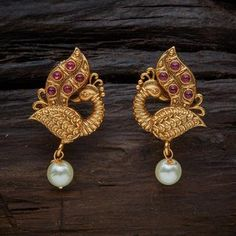 Silver Earrings Online, Fancy Earrings, Jewelry Design Earrings, Gold Earrings Designs, Indian Earrings, Designer Earrings, Necklace Designs, Indian Jewelry, Stud Earrings