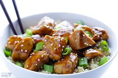 Sesame chicken with quinoa // absolutely delicious, even though my sauce didnt thicken like it should have (not sure why) it was very flavorful and having the sauce go into the quinoa may have even made it better! I'll definitely be making this again