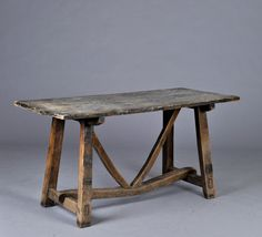 Plank table of walnut from southern Europe, early 1900
