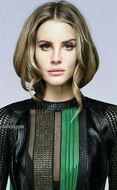 Lana Del Rey edit by @mydarkpeople || Face: Lana Del Rey | Body: Rose Huntington-Whiteley