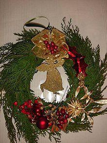 Dekorácie - Vianočný veniec na dvere(živá čečina) - 5652402_