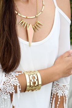 Charlotte Russe statement necklace and gold bracelet as worn by blogger Melanee Shale.