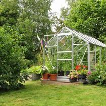 Choisir sa serre de jardin en verre