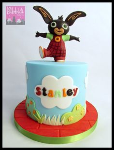 Bing CBeebies birthday cake by Bibbidi Cake Co 2nd Birthday Cake Boy, Thomas Birthday, Bunny Birthday, Birthday Ideas, Birthday Parties, Cbeebies Cake, Bing Cake, Bing Bunny, Cake Toppers
