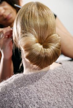 Fanned bun hairstyle