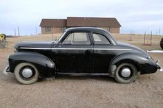 1942 Studebaker Coupe barn find