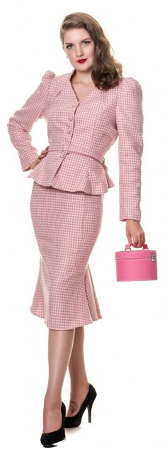 Pink Houndstooth Skirt Sui and Black High Heels
