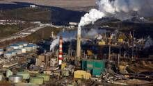 Majority back oil sands development if environmental impact limited: poll