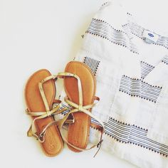 """🆕 Striped blouse beach resort Old Navy 100% cotton  Measurements laying flat:  Underarm to underarm: 22"""" Shoulder to bottom hem: 28"""" Old Navy Tops Tunics"""
