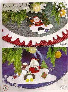 Blog de Santa clauss: Revista Navideña Paño Lency No.4 Diy Christmas Tree Skirt, Christmas Crafts, Christmas Decorations, Holiday Decor, Felt Banner, Tree Skirts, Fabric, Christmas Rugs, Christmas Ornaments