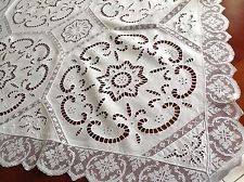 """BEAUTIFUL VINTAGE HAND EMBROIDERED CUTWORK LACE WHITE LINEN TABLE CLOTH 46X47"""""""