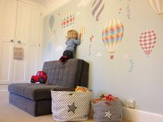 Enchanted Interiors Deluxe Hot Air Balloons & Kites Nursery Wall Art Stickers