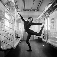 photographer Dane Shitagi's project shows ballet dancers anywhere but on stage Ballet Photography, Stunning Photography, Photography Poses, Inspiring Photography, Stage, Ballerina Project, New York Subway, Shall We Dance, Dance Poses