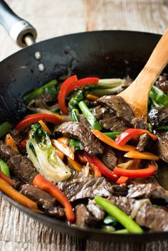 Easy Classic Chinese Beef Stir Fry - Just like you get in restaurants!