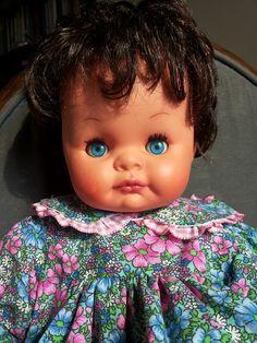Giovannina mora con vestito confezionato personalmente