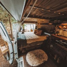 Impressive Camper Van Interior, If you're constructing your conversion van from scratch with a manufacturer, be certain to mention any options you would like to put in your new autom. Interior Trailer, Van Interior, Camper Interior, Interior Design, Interior Ideas, Volkswagen Interior, Interior Trim, Motorhome Vintage, Van Life