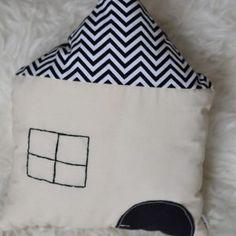 Polštářky – BigPig Throw Pillows, Sewing, Toss Pillows, Dressmaking, Cushions, Couture, Stitching, Decorative Pillows, Decor Pillows