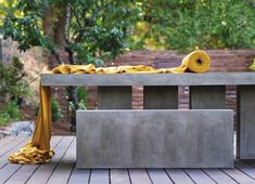 Outdoor Concrete Tables | above slab concrete furniture is suitable for indoor and outdoor